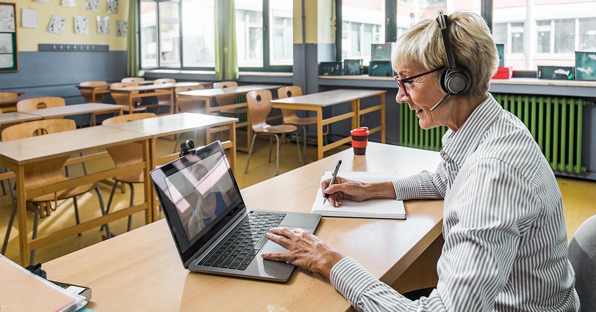 Virtueller Unterricht mit Headsets von Poly