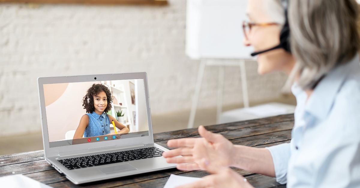 snom_education_komsa_homeschooling-laptop
